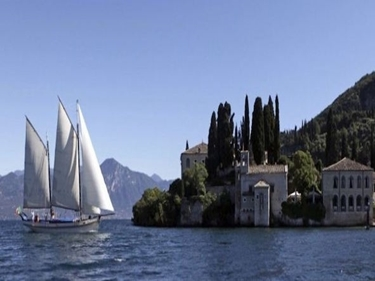 Picture of CRUISE ON MOTOR SAILER KETCH -LAGO DI GARDA